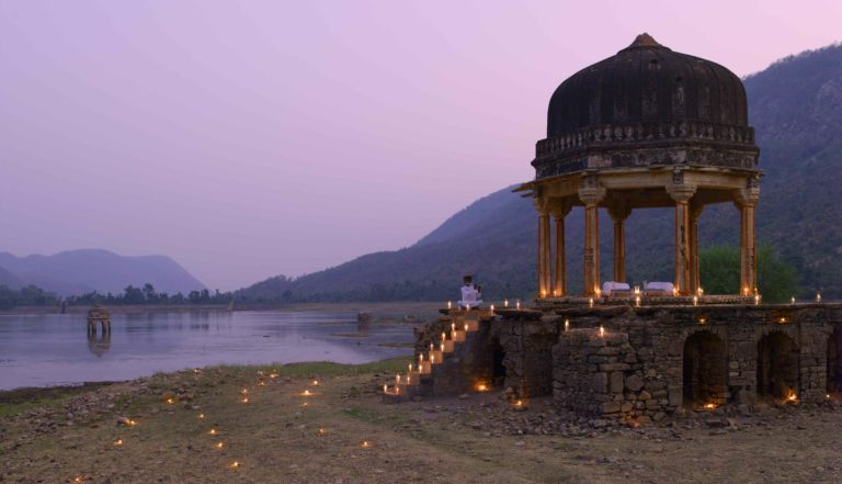 AMANBAGH RESORT Dinner at Small Chhatri
