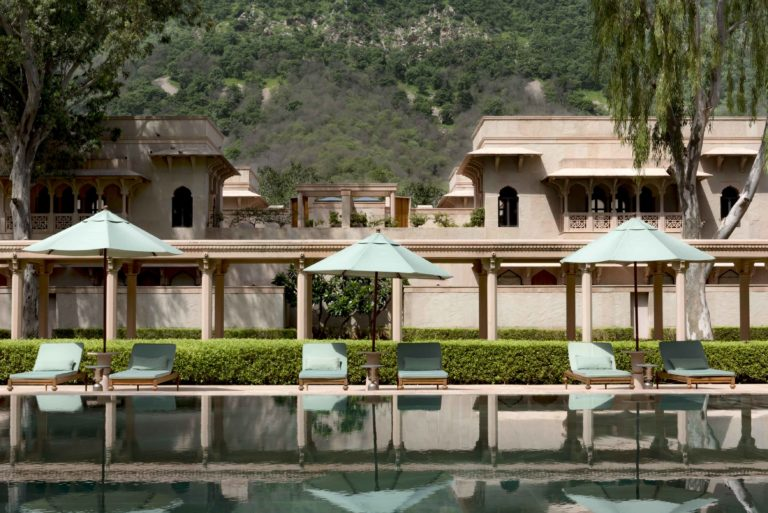 AMANBAGH Pool