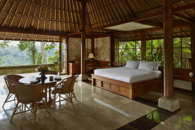 Amandari valley suite bedroom