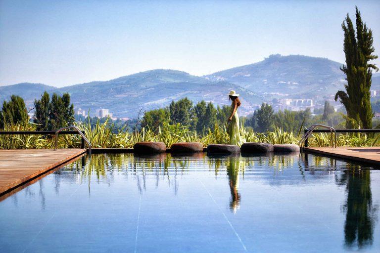 Douro_Valley_Swimming_pool