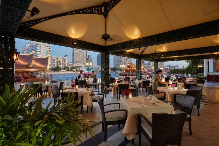 Mandarin_Oriental_bangkok-19-dining-terrace-rim-naam-01
