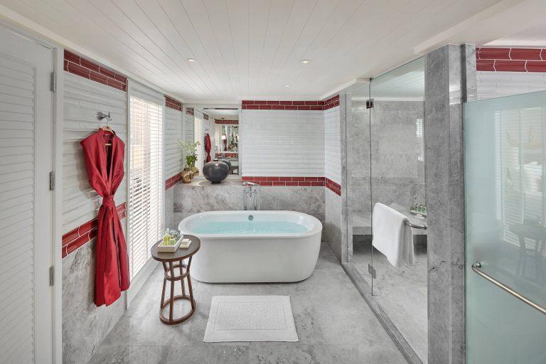 Mandarin_Oriental_bangkok-20-suite-premier-bathroom