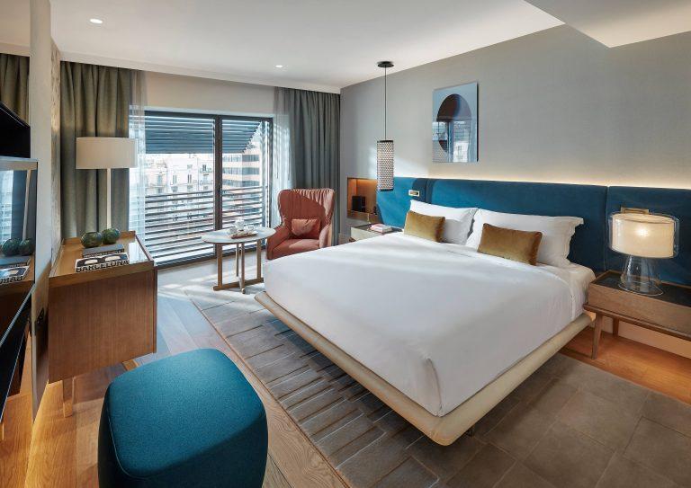 Mandarin_Oriental_barcelona-room-deluxe-garden
