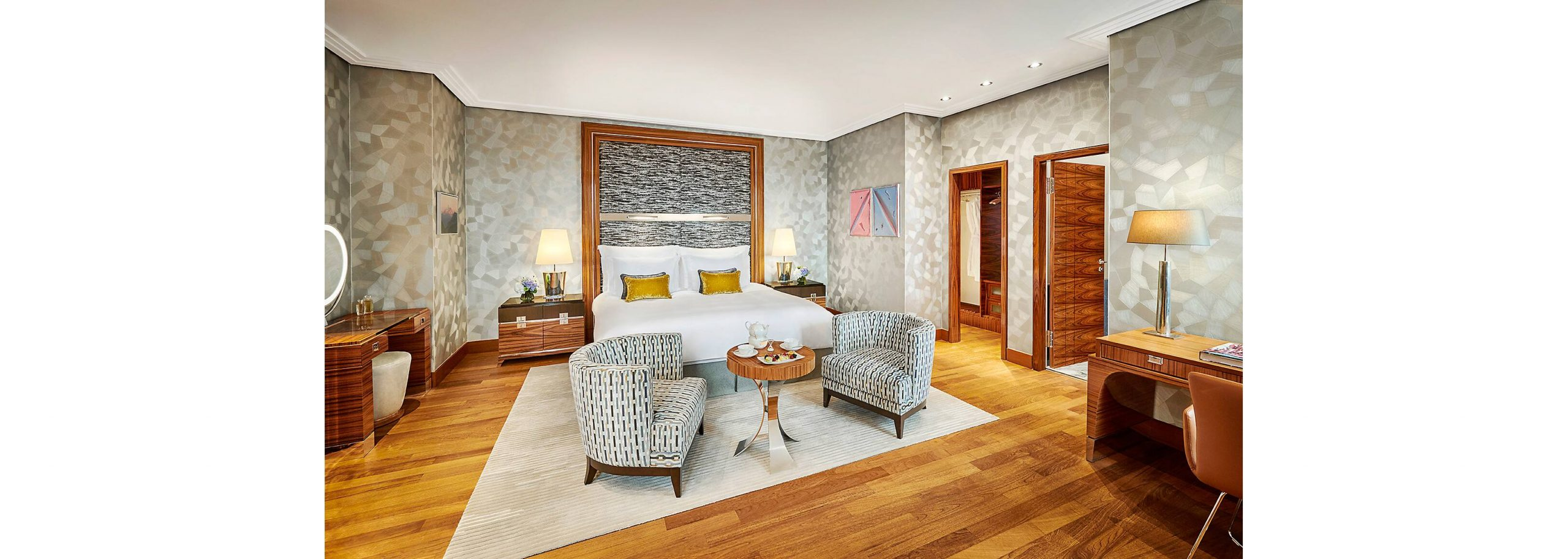 Mandarin_Oriental_munich-suite-presidential-suite-bedroom
