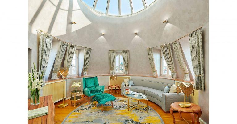 Mandarin_Oriental_munich-suite-tower-suite-living-room-3