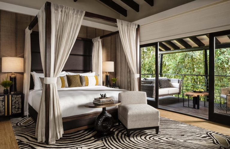 zimmer_oo-nyungwehouse-accommodation-suite-bedroom-0126-master-872653